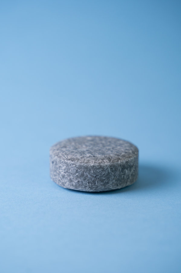 Solid shampoo bar for men